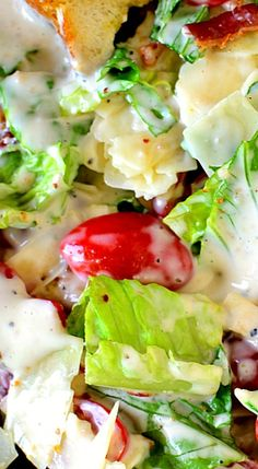 BLT Caesar Salad combines the delicious flavors of a BLT with the simple perfection of Caesar Salad. ❊