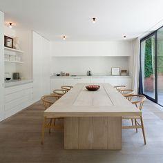 Modern And Minimalist Dining Room Design Ideas - Kitchen Design Ideas & Inspiration Kitchen Interior, Home Interior Design, Interior Architecture, Minimalist Dining Room, Minimalist Home, French Apartment, Apartment Ideas, Interior Minimalista, Dining Room Inspiration