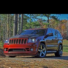 Voted best Jeep Grand Cherokee on the forum Jeep Wk, 2006 Jeep Grand Cherokee, Jeep Srt8, Lowrider Trucks, Dropped Trucks, Future Trucks, Chrysler Dodge Jeep, Cool Jeeps, Street Racing