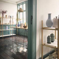 Here an impression from The Tortus Boutique in Copenhagen which is owned by my brother Eric (@tortus_copenhagen). If you are in the Danish capital this summer, you should definately visit.  #ceramics #keramik #ceramique #pottery #copenhagen #københavn #deko #dekoration #kopenhagen #denmark #dänemark #elledecor #designmilk #designsponge #solebeich #decor8
