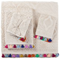Jacquard Pompoms Towel   ZARA HOME United States of America