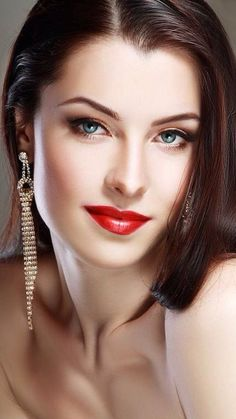 All Beautiful Women — Urvashi Rautela for FHM 2019 bollywood Most Beautiful Faces, Stunning Eyes, Beautiful Lips, Brunette Beauty, Hair Beauty, Beautiful Girl Photo, Bridal Hair And Makeup, Tips Belleza, Pretty Eyes