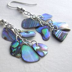 Natural Paua Abalone Earrings Blue & Green Shell by Abalone Jewelry, Seashell Jewelry, Sea Glass Jewelry, Glass Necklace, Agate Jewelry, Bead Necklaces, Shell Schmuck, Diy Schmuck, Shell Earrings