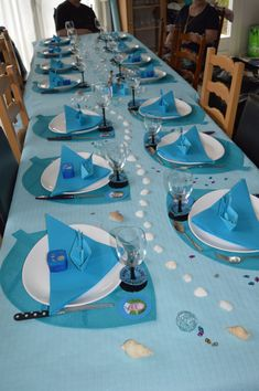 beach themed party table decor turquoise table runner tableware ...