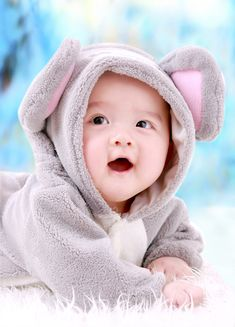 59 Super ideas for cute baby boy pictures smile Cute Baby Boy Photos, Cute Kids Pics, Baby Boy Pictures, Baby Images, Pictures Images, Name Pictures, Cute Babies Photography, Urban Photography, Cute Baby Wallpaper