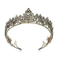 A GEORGE III DIAMOND TIARA ❤ liked on Polyvore featuring crowns, tiara, accessories, medieval, coroas, circle, circular, round, circle jewelry and crown jewelry