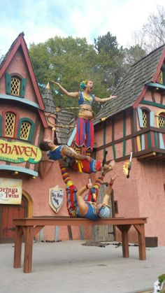 I LOVE Carolina Renaissance Festival! #carrenfest can't wait to go this year!!! Coming up soon!