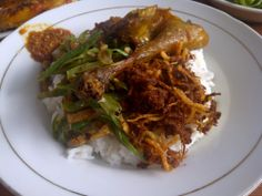 wisatawan pulau lombok - destinasi wisata kuliner di pulau lombok