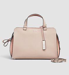 DAMEN - SIMPLY NUDE | Calvin Klein Store Beautiful Handbags, Beautiful Bags, Calvin Klein Store, Calvin Klein Handbags, Leather Duffle Bag, Mk Handbags, Purses And Bags, Ladies Bags, Women Bags