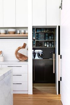 How to design the perfect walk-in pantry Interior Designer behind Studio Black Interiors shares her advice on how to design the perfect walk-in pantry – everything from layout, size, materials… - Own Kitchen Pantry Kitchen Butlers Pantry, Kitchen Pantry Design, Butler Pantry, New Kitchen, Kitchen Appliances, Kitchen Cabinets, Kitchen Ideas, Kitchen Benchtops, Barn Kitchen
