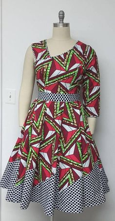 african dress styles You can never have too many African print clothes. This is a roundup of the absolute best African styles right now plus details on where to get them. African Dresses For Women, African Print Dresses, African Attire, African Wear, African Fashion Dresses, African Clothes, African Prints, Fashion Outfits, Womens Fashion