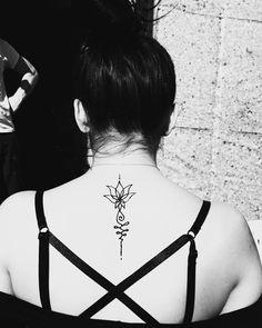 #henna #neha_mehandi #temporäres_tattoo #temporary_tattoo #henna_by_rinkitoku #back #shoulder