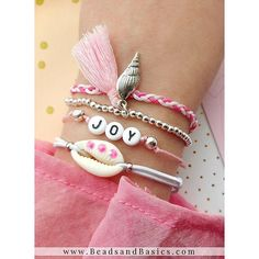 DIY jewelry making – Bracelet of letter beads with cowrie shell charm – Ibiza summer elastic bracelets – Beads & … Letter Bead Bracelets, Neon Bracelets, Letter Beads, Seed Bead Bracelets, Bracelet Set, Cute Jewelry, Jewelry Crafts, Beaded Jewelry, Lily Shop