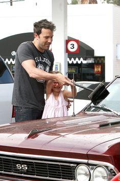 Violet helps Ben Affleck wash his Chevy Malibu SS in Brenwood