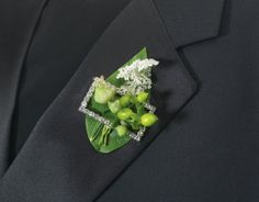 boutonniere buckle {fitzdesign}