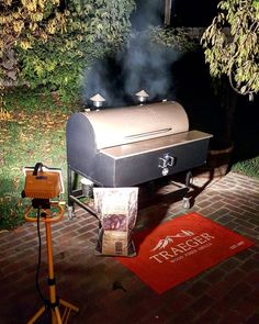 Sun going down earlier don't stop me from doin my thing.  Bust out my spot light and do work. . . #traegernation #traegergrills #certifiedgrilllover #forkyeah #grubzone  #manfood #grillinfools  #photography #goodeats #eats #eeeeeats #buzzfeast #feedfeed #nomnom #carnivore #bigboytoys #foodies #foodblogger #paleo #meatporn #cheflife #chef #amazing #gotwood #tastesbetter #eatingbbq #versatile #taste Reposted Via @traegerman_bbq