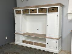 Landelijk tv meubel, met ombouw, incl. manden, country collectie. AW1004, febr. weer op voorraad,