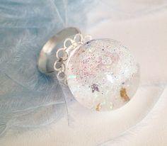 Lustrous Globe Ring