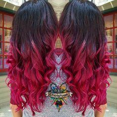I just love this ombre color melt from Saturday  @manicpanicnyc #olaplex @olaplex #manicpanic @manicpanicnyc #behindthechair #modernsalon #beautylaunchpad #hotonbeauty #mermaidhair #mermadians #hairbykaseyoh #fantasyhair #hairporn #dyeddollies #dollswithdye #rainbow #rainbowhair #curls #scissorsalute #imavisualartist #dyeddollies #dollswithdye