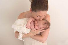 Hobart newborn photography mum and baby parents