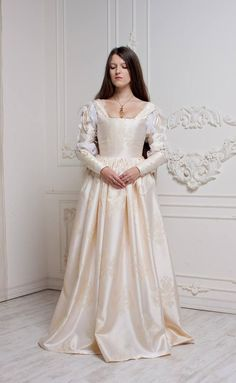 Renaissance Wedding Dress, Ivory Century Italian Gown Ever After Cinderella Gown Renaissance Wedding Dresses, Renaissance Mode, Elegant Wedding Gowns, Renaissance Fashion, White Wedding Dresses, Italian Renaissance Dress, Medieval Gown, Renaissance Clothing, Elizabethan Gown