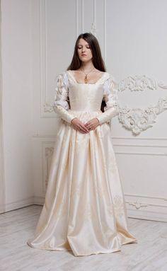Renaissance Wedding Dress, Ivory Century Italian Gown Ever After Cinderella Gown Renaissance Mode, Renaissance Wedding Dresses, Italian Renaissance Dress, Elegant Wedding Gowns, Renaissance Fashion, Medieval Dress, White Wedding Dresses, Renaissance Clothing, Gown Wedding