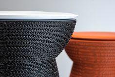 Cork, la seduta con cuscino in versione black e orange | design robertopamio+partners www.staygreen.it