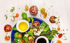 Maailman helpoin salaatinkastike syntyy kahdesta aineesta – ja sitä voi tuunata viidellä tavalla   Me Naiset