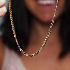 Cute Jewelry, Jewelry Accessories, Fashion Accessories, Women Jewelry, Jewelry Design, Jewelry Trends, Gold Choker Necklace, Coin Necklace, Gold Earrings