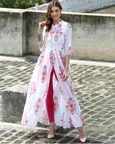 I'd prefer the slit a tiny bit lower, but, oh my! This is lovely! The Secret Label White Cotton Printed Front Slit Kurti Kurta Designs, Blouse Designs, Indian Attire, Indian Wear, Indian Dresses, Indian Outfits, Pakistani Dresses, Front Slit Kurti, Mode Batik