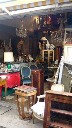Les Puces de Saint-Ouen [Flea Market in Paris] . from this distance I can see a red painted bombe chest I want . Aspen, Belle France, E Piano, Paris Flea Markets, Paris Shopping, Belle Villa, Flea Market Finds, Antique Stores, Paris Travel
