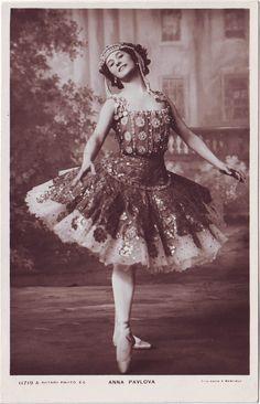 Anna Pavlova. Photo Foulsham & Banfield (by Performing Arts / Artes Escénicas).