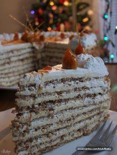 Kremasta torta sa savršenom aromom lešnika....