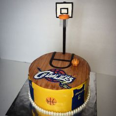 Cleveland Cavaliers basketball cake Basketball Party, Basketball Birthday, Boy Birthday, Birthday Parties, Basketball Cakes, Birthday Cakes, Birthday Ideas, Air Max Classic, Nike Headbands