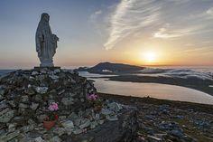 Holy place · Minaun cliffs on Achill Island © Paddy Timm