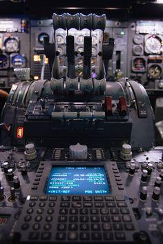 静かな鼓動 | 乗り物・交通 > 航空機・空港の写真 | GANREF