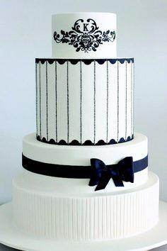 De leukste voorbeelden voor zwart-witte bruidstaarten en cake-cups