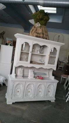 A coat of white paint brought this back to life!