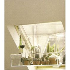this looks very 70s southern california to me, which i always love. #cactus #plants #lucite