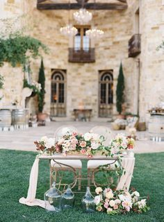 Romantic al fresco wedding decor: Photography: Jen Huang - http://jenhuangphoto.com/