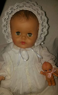 """SWEET~Constance Bannister baby 17""""Sun Rubber Company Vintage-Christening Outfit"""