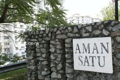 Aman Satu - *** Aman Satu Apartment for RENT *** Rental Price: RM 800 – Built-up: 837sf – Partly furnished: 1 air-cond, 1 water heater – Vacant For who are interest, please contact 014-737 6337 JAYSSIE. Facilities: – Swimming Pool – Mini Market – Covered Parking – 24 Hour Security Best regards JAYSSIE 014-737 6337 jayssie0227@yahoo.com Furniture: Partly Furnished    http://my.ipushproperty.com/property/aman-satu-2/