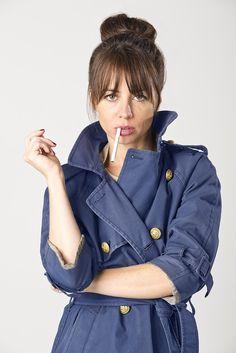 Natasha Leggero, Girls World, Drawing People, Comedians, Style Icons, Hair Makeup, Raincoat, Style Inspiration