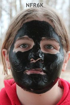 Activated charcoal face mask, skin issues ... Activated Charcoal – Do you know all of the amazing uses? – DIY and Beyond