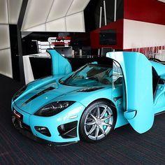 Koenigsegg ________________ Credit To @carsofstockholm . . . . . . #supercar #supercars #blue #cars #luxury #sportscar #sportscars #millionaire #hypercar #hypercars #rich #ride #drive #exoticcar #exoticcars #speed #tiffanyblue #tires #race #racing #engine #horsepower #tiffanyandco #street #road #koenigsegg #koenigseggagera #blue #egg #agera