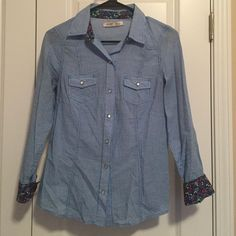 Button down shirt Casual button down. Snap closers. Great condition. Barely worn. Old Navy Tops Button Down Shirts