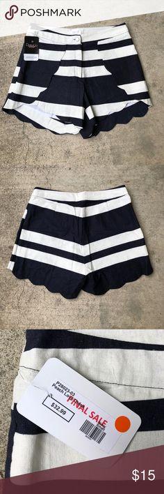 Peach Love scalloped edge shorts Scalloped edge shorts, white and navy blue stripes, pocketless, size: small Peach Love California Shorts
