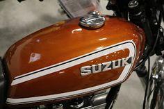 Suzuki Bikes, Bike Poster, Japanese Motorcycle, Motorcycle Bike, Street Bikes, Dirt Bikes, Vintage Motorcycles, Auction, Ideas Para