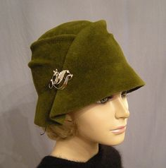 Olive green- drooling over the shape! WHERE OH WHERE can I find one of these??????