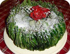 Een creatieve winterse taart maken met kaarsvet en bladeren